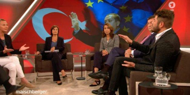 """Als ein Erdogan-Fan bei """"Maischberger"""" seine Lobeshymne auf die Türkei beendet hat, wird es wild"""