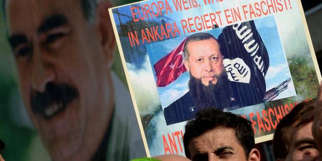 Kurden protestieren 2014 in Düsseldorf gegen Erdogan