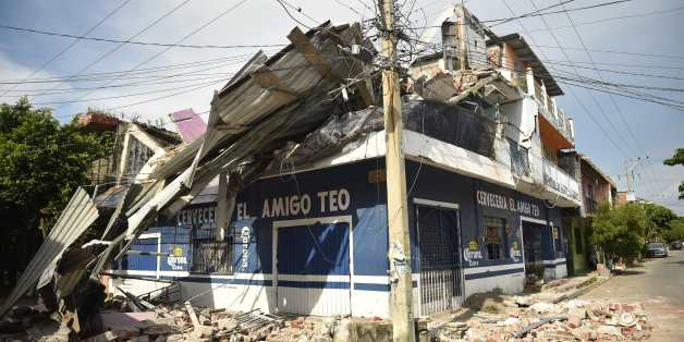 View of damages following the 8.2 magnitude earthquake that hit Mexico's Pacific coast, in Juchitan de Zaragoza, state of Oaxaca on September 8, 2017. Mexico's most powerful earthquake in a century killed at least 35 people, officials said, after it struck the Pacific coast, wrecking homes and sending families fleeing into the streets. / AFP PHOTO / PEDRO PARDO        (Photo credit should read PEDRO PARDO/AFP/Getty Images)