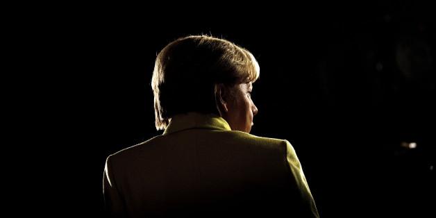 """""""Streberin mit unmöglicher Friseur"""": So kommentiert die internationale Presse ein vierte Amtszeit von Merkel"""