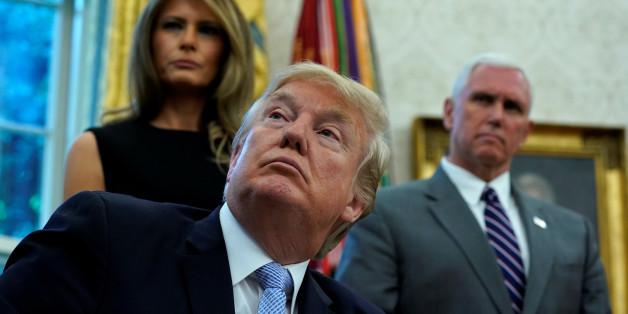 Zwei Trump-Vertraute sind sicher: Der US-Präsident wird im Weißen Haus unwissentlich unter Drogen gesetzt