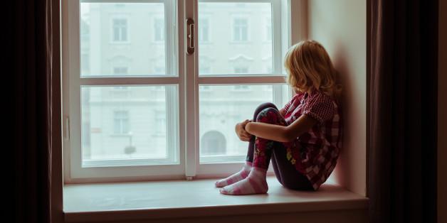 Was Im Gehirn Von Kindern Passiert Die Nicht Genug Liebe Von Ihren
