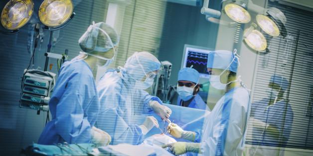 Bei einem Routineeingriff stellen die Ärzte die Vergiftung fest