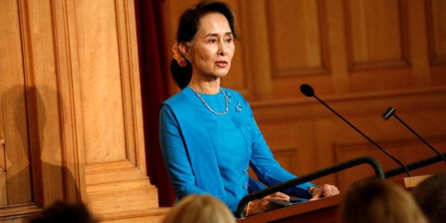 Aung San Suu Kyi dans le collimateur de l'ONU et critiquée pour le traitements des Rohingyas en Birmanie.