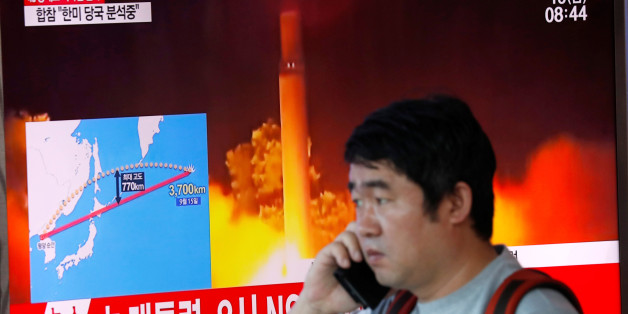 A man watches a television broadcasting a news report on North Korea firing a missile that flew over Japan's northern Hokkaido far out into the Pacific Ocean, in Seoul, South Korea, September 15, 2017.  REUTERS/Kim Hong-Ji