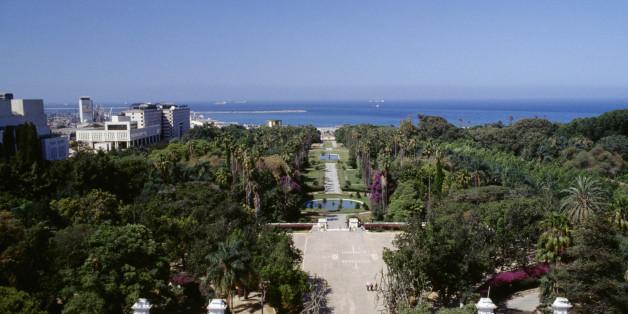 ALGERIA - MAY 05: View of the Botanical Garden of Hamma (Jardin d'essai du Hamma), Algiers, Algeria. (Photo by DeAgostini/Getty Images)