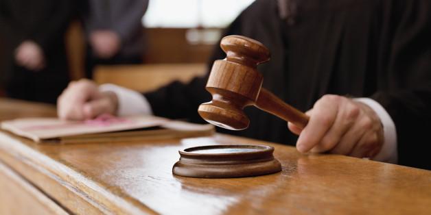 Gerichtsurteil: Wer Hartz-IV beziehen möchte, darf kein teures Auto besitzen