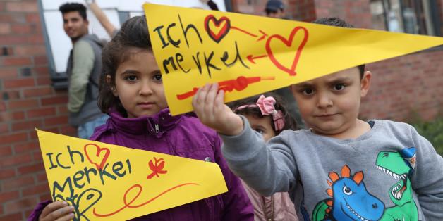 Junge Fans von Angela Merkel