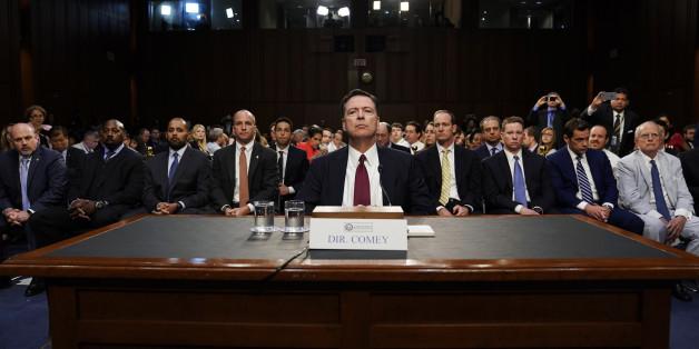 Wie US-Präsident Trump den Ex-FBI-Chef Comey in der Russland-Affäre zum Schweigen zwingen will