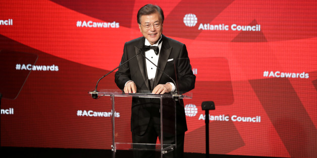 South Korea's President Moon Jae-in receives the Global Citizen Award at an Atlantic Council event in New York, U.S. September 19, 2017. REUTERS/Stephen Yang