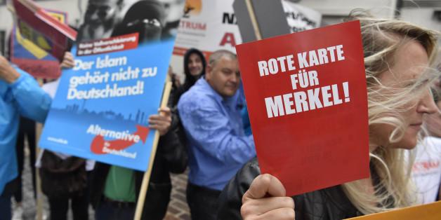 Anti-Merkel-Demonstration in Ostdeutschland