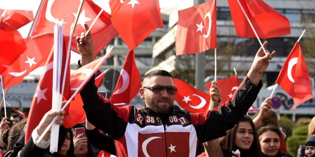 """""""Wir erleben eine radikale Abkehr der Deutschtürken"""": Wieso Erdogans Schatten über der Bundestagswahl liegt"""