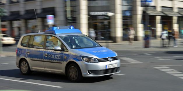 Berliner denkt, die Polizei steht vor der Tür - und begeht einen schweren Fehler