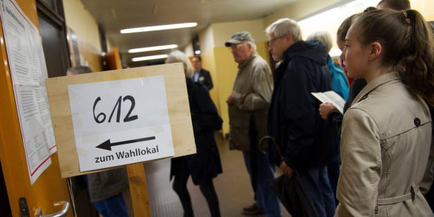 """""""Nur wer mitmacht, darf sich hinterher beschweren"""": So lustig rufen Politiker und Medien zur Wahl auf"""
