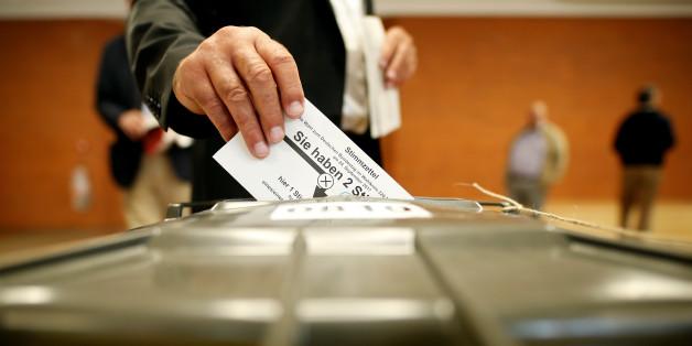 im brandenburgischen Basdorf gibt es nur 5 Wähler - und 6 Wahlhelfer