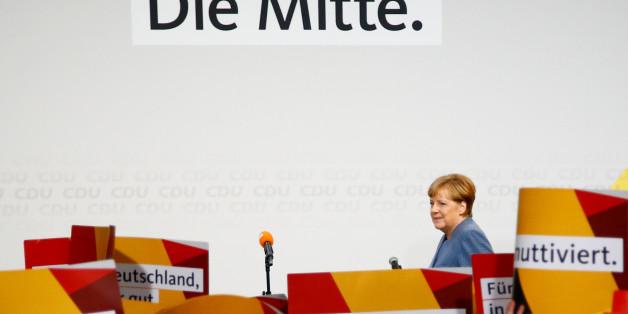 Merkel im Mutti-Meer