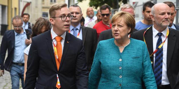 Philipp Amthor mit Kanzlerin Merkel.