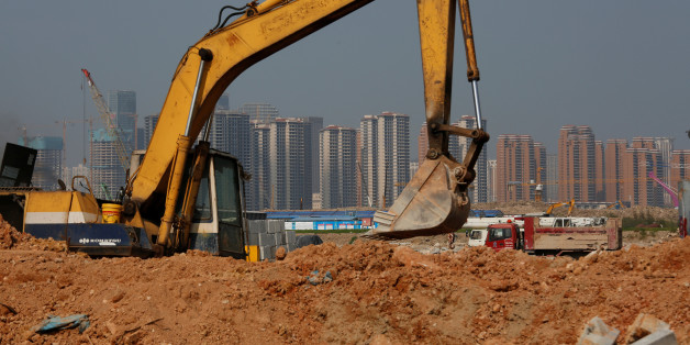 Residential apartments are under construction at Hengqin Island adjacent to Macau, China September 13, 2017. Picture taken September 13, 2017.      REUTERS/Bobby Yip