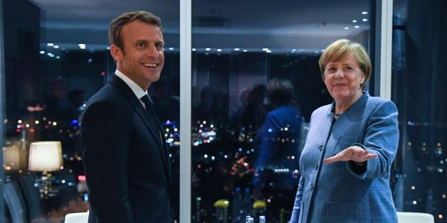 France's President Emmanuel Macron (L) meets with Germany's Chancellor Angela Merkel on the eve of the European Union Digital Summit in Tallinn on September 28, 2017.European Union leaders meet for an informal dinner ahead of  full summit on Friday. Talks are expected to feature reactions to French President Emmanuel Macron's speech outlining his new vision for Europe, and discussions on digital issues, a priority for host Estonia. / AFP PHOTO / JANEK SKARZYNSKI        (Photo credit should read