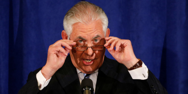 Secretary of State Rex Tillerson holds a press briefing during the U.N. General Assembly in New York, U.S., September 20, 2017. REUTERS/Kevin Lamarque