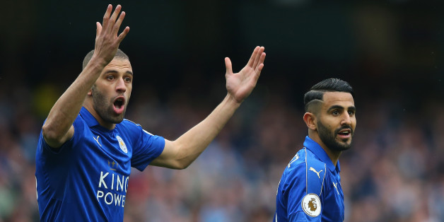 MANCHESTER, ENGLAND - MAY 13: Islam Slimani of Leicester City and Riyad Mahrez of Leicester City reacts to referee Bobby Madley (not pictured) disallowing the penalty goal during the Premier League match between Manchester City and Leicester City at Etihad Stadium on May 13, 2017 in Manchester, England.  (Photo by Alex Livesey/Getty Images)