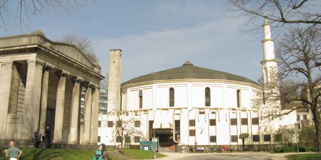 Les autorités belges retirent la carte de séjour de l'imam de la grande mosquée de Bruxelles