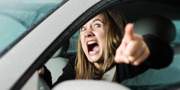 fluchen im auto