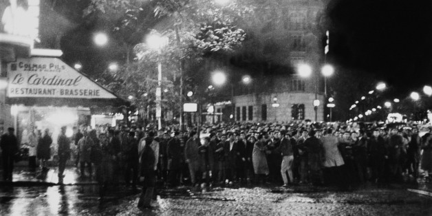 FRANCE - JANUARY 01:  Octobre 17Th Demonstartion Against Algerian War In Paris On 1961  (Photo by Keystone-France/Gamma-Keystone via Getty Images)