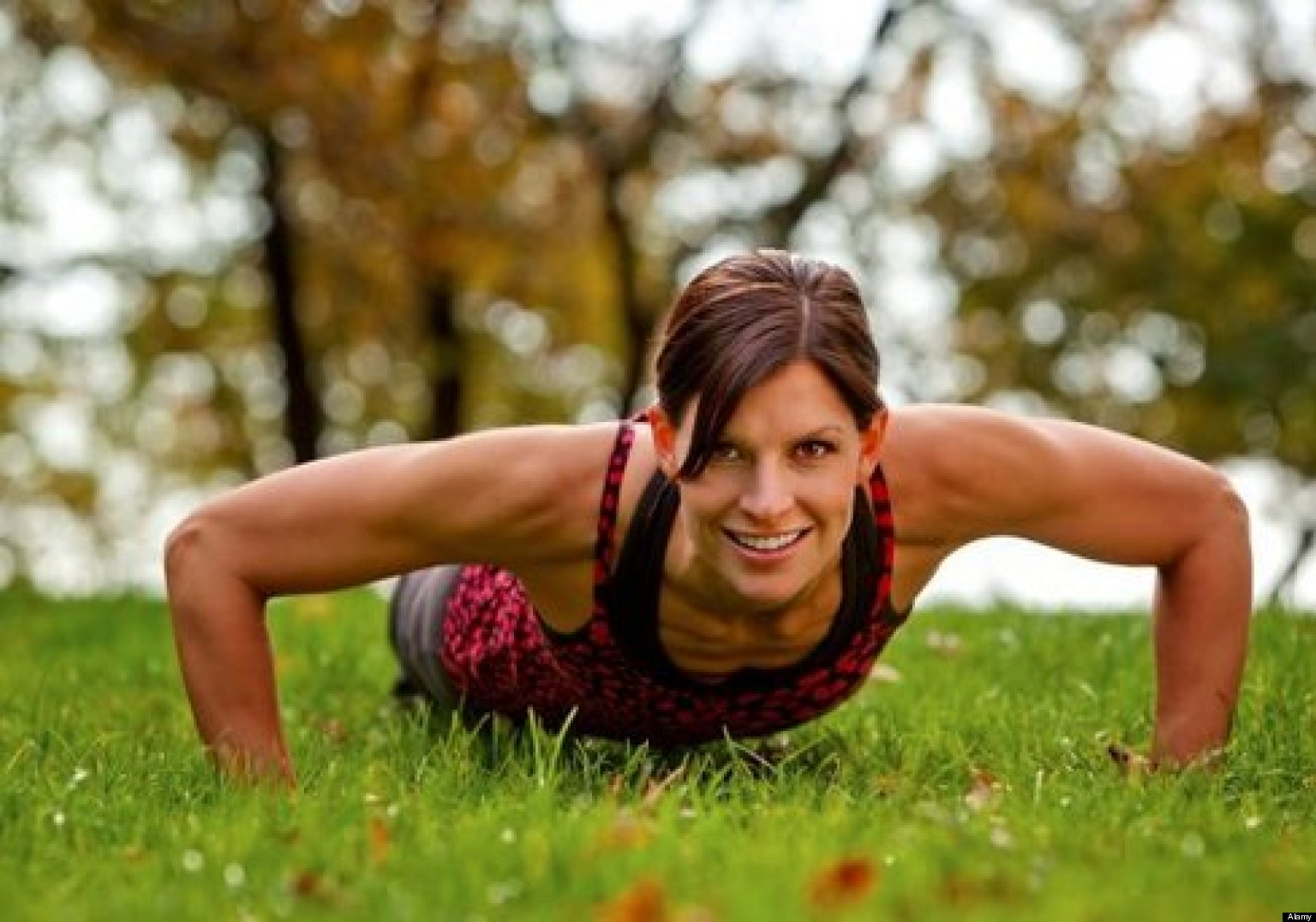 Static Exercise Moves Sculpt A Tight Toned Body Without Moving Huffpost