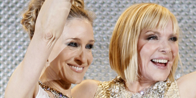 """Cast members Sarah Jessica Parker (L) and Kim Cattrall attend the Japan premiere of """"Sex and the City 2"""" in Tokyo June 1, 2010. REUTERS/Michael Caronna (JAPAN - Tags: ENTERTAINMENT)"""