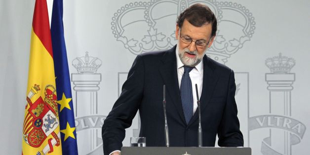 Spain's Prime Minister Mariano Rajoy gives a press conference after a crisis cabinet meeting at the Moncloa Palace on October 11, 2017 in Madrid.  Rajoy asked Catalonia's leader to clarify whether or not he had declared independence, after a confusing declaration the previous evening. / AFP PHOTO / STRINGER        (Photo credit should read STRINGER/AFP/Getty Images)