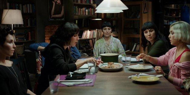 """Sieben Schwestern verstecken sich hinter einer Identität vor der Regierung. What Happened to Monday?"""" ist der Kinostart der Woche."""