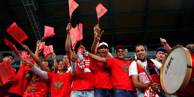 Football Soccer - African Cup of Nations  - Quarter Finals - Egypt v Morocco - Stade de Port Gentil - Gabon - 29/1/17. Fans of Morocco cheer before the start of the game. REUTERS/Amr Abdallah Dalsh