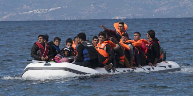 Flüchtlinge auf der Überfahrt nach Europa