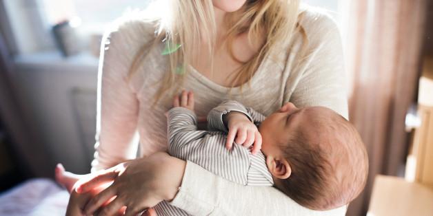 Das Risiko für postnatale Depression ist höher bei Geburten im Sommer und Herbst