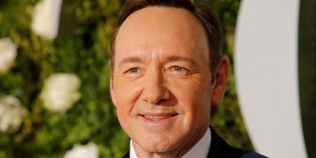 """Schwere Vorwürfe gegen Kevin Spacey: """"House of Cards""""-Star soll 14-Jährigen sexuell belästigt haben"""