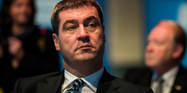 Söder wetzt das Messer: Bei einer Rede macht der CSU-Politiker deutlich, wie er Seehofers Zukunft sieht