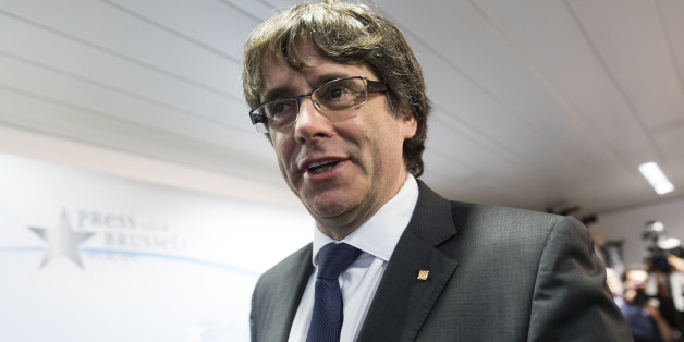 BRUSSELS, BELGIUM - OCTOBER 31:  Dismissed Catalan regional President Carles Puigdemont i Casamajó attends a press conference at International Press Club of Brussels on October 31, 2017 in Brussels, Belgium. Puigdemont was dismissed from the post after Spanish Government implemented the Spanish Constitution's article 155 in response to the Catalan Parliament's vote in favor of declaring independence.  (Photo by Thierry Monasse/Corbis via Getty Images)