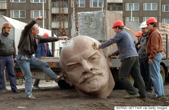 vladimir lenin removal of statue