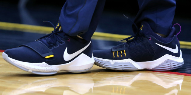 NEW ORLEANS, LA - NOVEMBER 01:  Jrue Holiday #11 of the New Orleans Pelicans wears a pair of Nike shoes during the first half of a game against the 'nMinnesota Timberwolves at the Smoothie King Center on November 1, 2017 in New Orleans, Louisiana. NOTE TO USER: User expressly acknowledges and agrees that, by downloading and or using this photograph, User is consenting to the terms and conditions of the Getty Images License Agreement.  (Photo by Sean Gardner/Getty Images)