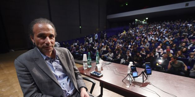Swiss Islamologist Tariq Ramadan poses during a conference on the theme 'Live together', on March 26, 2016 in Bordeaux. / AFP / MEHDI FEDOUACH        (Photo credit should read MEHDI FEDOUACH/AFP/Getty Images)