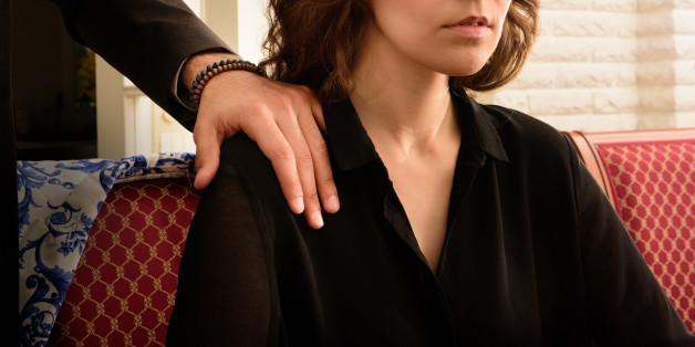 11 Prozent der Frauen zwischen 25 und 39 Jahren wollen ihren Job wegen sexueller Belästigung aufgeben, können es aber nicht - wegen finanziellem Risiko