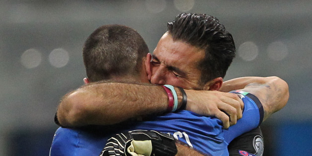 MILAN, ITALY - NOVEMBER 13:  Gianluigi Buffon of Italy cries after loosing at the end of the FIFA 2018 World Cup Qualifier Play-Off: Second Leg between Italy and Sweden at San Siro Stadium on November 13, 2017 in Milan, Sweden.  (Photo by Marco Luzzani/Getty Images)