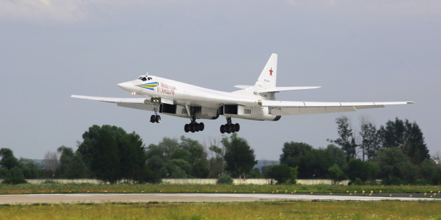 MOSCOW REGION, RUSSIA - JULY 15, 2017: A Tupolev Tu-160 strategic bomber of the Russian Air Force's long-range aviation performs a demonstration flight ahead of the MAKS-2017 International Aviation and Space Salon in Zhukovsky, Moscow Region. Marina Lystseva/TASS (Photo by Marina Lystseva\TASS via Getty Images)