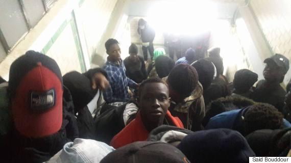 migrants detenus a la gare oran