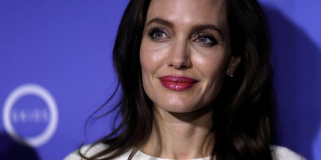 Angelina Jolie verrät, diese 3 Mythen sind schuld, dass Frauen vergewaltigt werden