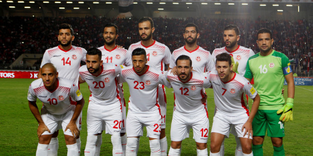 Soccer Football - 2018 World Cup Qualifications - Africa - Tunisia v Libya - Rades Olympic Stadium, Rades, Tunisia - November 11, 2017 Tunisia players pose for a team photo . REUTERS/Zoubeir Souissi