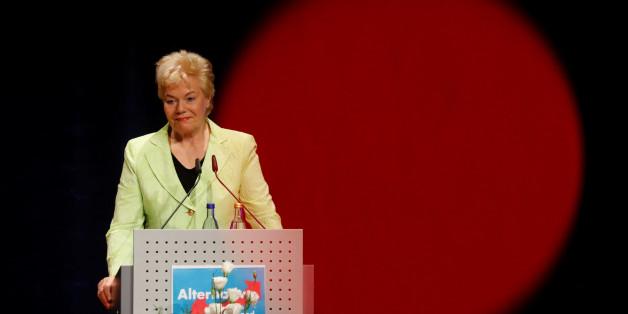 Erika Steinbach empört sich über Lindt Schoko-Weihnachtsmänner – doch macht einen peinlichen Fehler