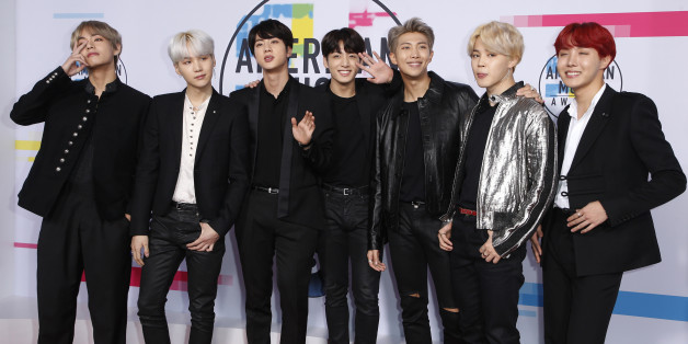 2017 American Music Awards – Arrivals – Los Angeles, California, U.S., 19/11/2017 – BTS. REUTERS/Danny Moloshok