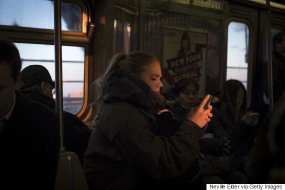smartphone subway